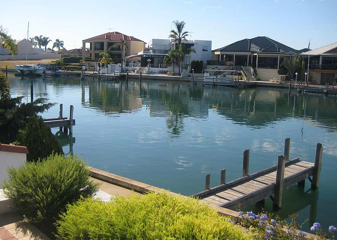 6 metre jetty at Port Sails Canal Villa, Mandurah