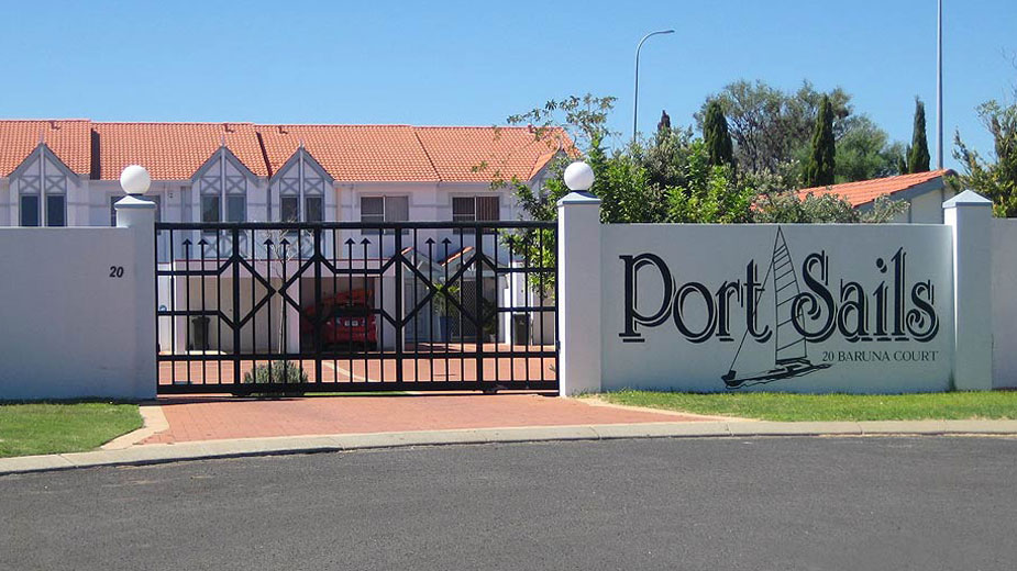 Port Sails Canal Villa, Mandurah - entrance to villa complex with security gate