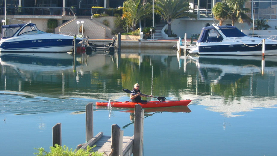 You'll spot kayaks, canoes, luxury boats, jet skis, stand up paddlers, dolphins, pelicans and more drifting past our jetty at Port Sails Canal Villa