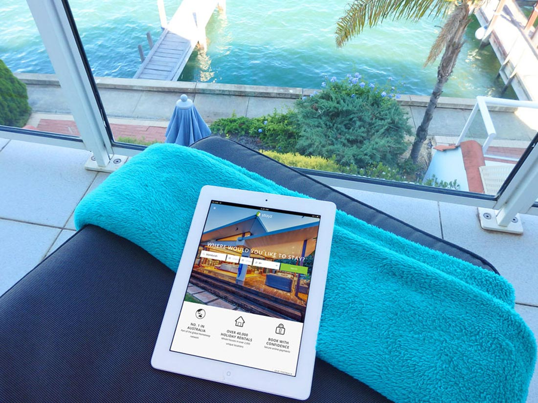 Relax on the balcony whislt you surf the internet, wifi is available at Port Sails Canal Villa, Mandurah accommodation. Read a book, enjoy glass of wine, watch out for dolphins