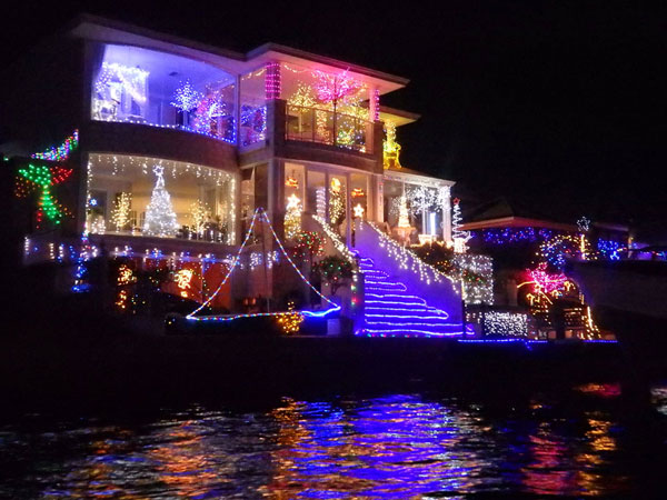 Manduarh celebrates with Christmas canal lights